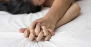 Il sesso dopo i 50: l'intimità secondo lei e secondo lui