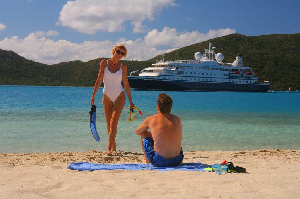 cruise-ship-1108961_1280