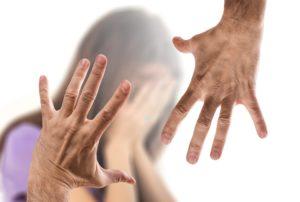 Se la vittima è ubriaca, la Cassazione condanna lo stupro senza aggravanti!