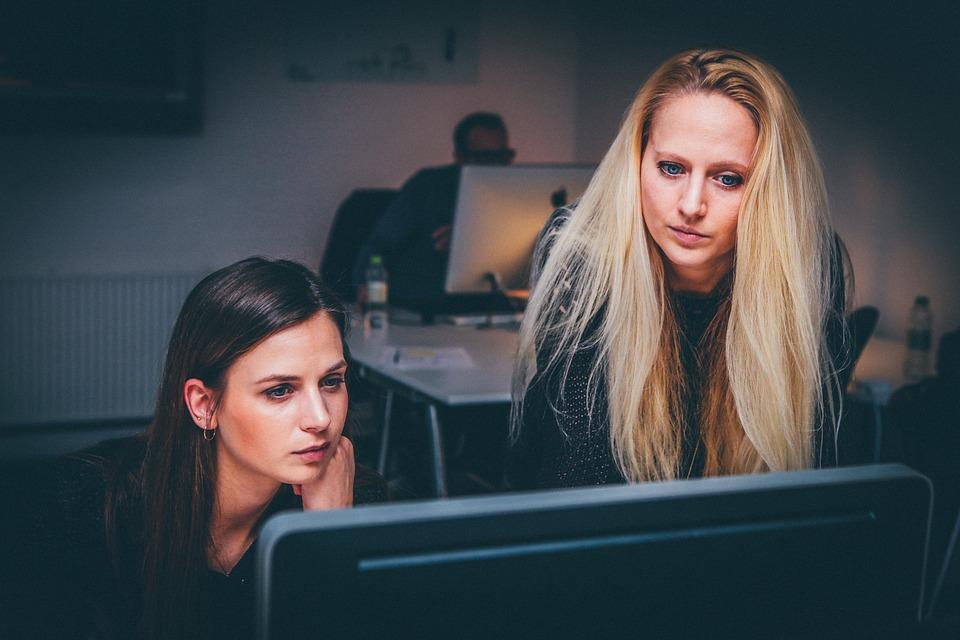 Donna in carriera: alleata o rivale?